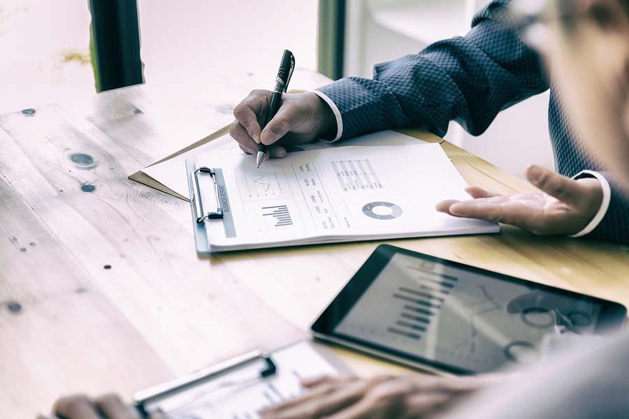 ¿Qué servicios realiza una gestoría para empresas?